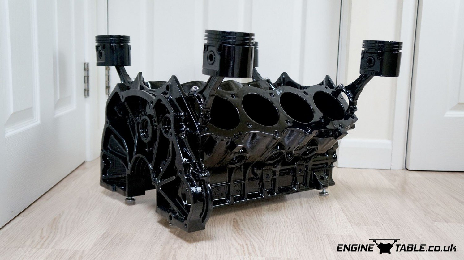 v8 engine coffee table for sale scrapiture rover v8 coffee tables porsche 928 s2 v8 engine. Black Bedroom Furniture Sets. Home Design Ideas